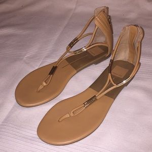 Tan Dolce Vita thong sandals gold size 8 shoes
